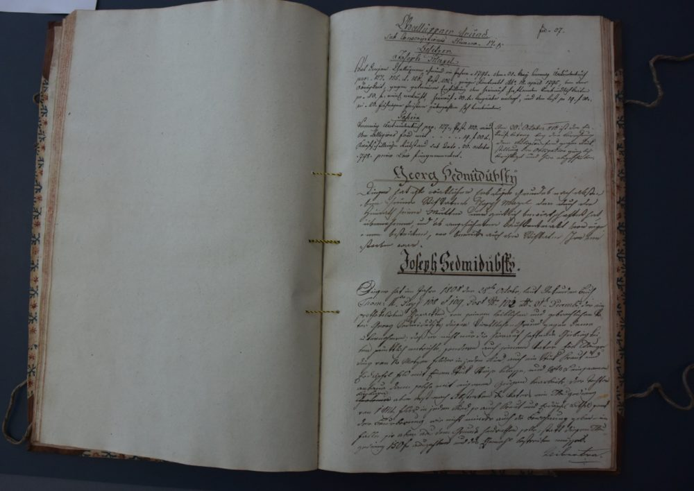 Czech land book register